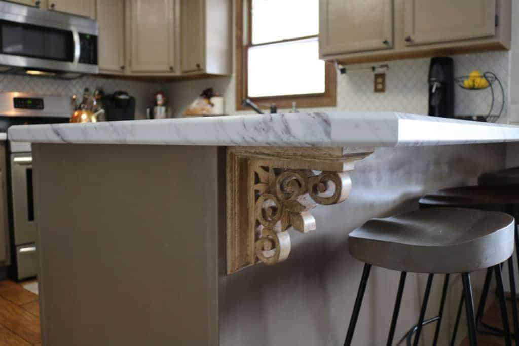 corbel bookends under countertop