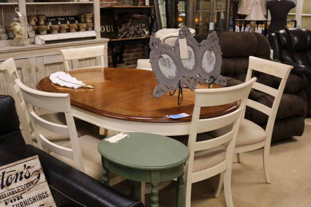 magnolia lane springfield il furniture table and chairs set