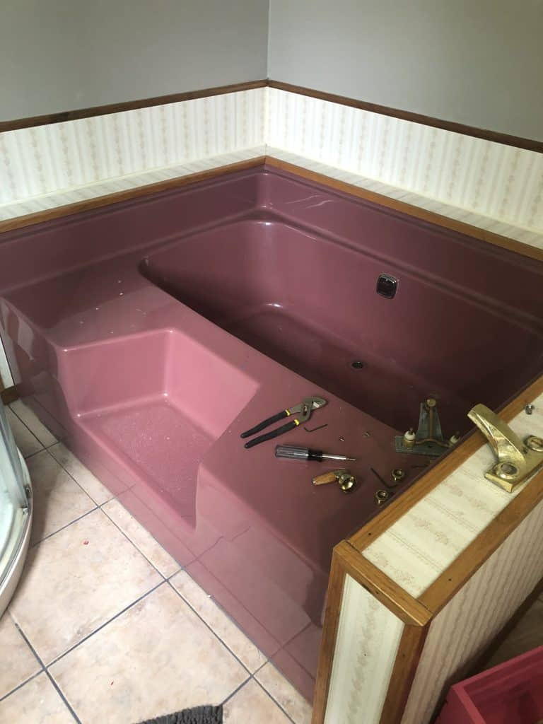 Refinishing a Bathtub on a Budget: Before